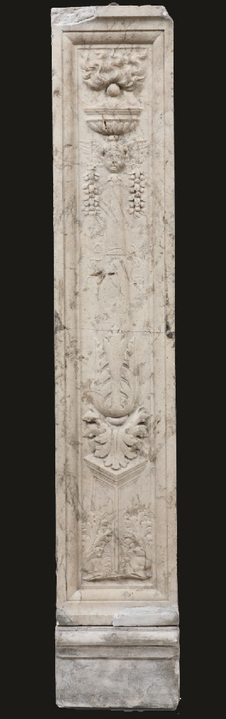AN ITALIAN CARVED HARDSTONE PA