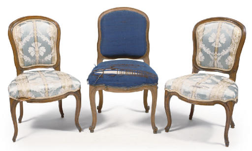 A SET OF THREE AUSTRIAN STAINED BEECHWOOD SIDE CHAIRS