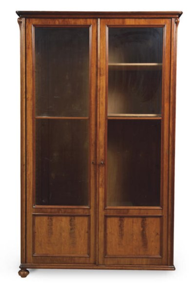 AN AUSTRIAN MAHOGANY DISPLAY C
