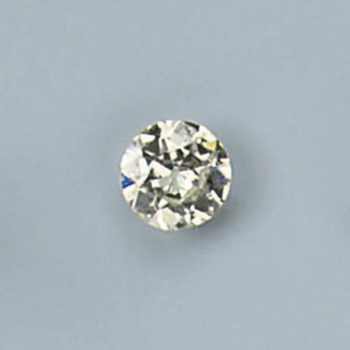 AN UNMOUNTED DIAMOND