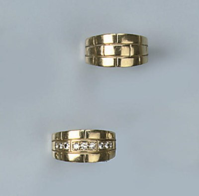 TWO GOLD RINGS, BY CARTIER