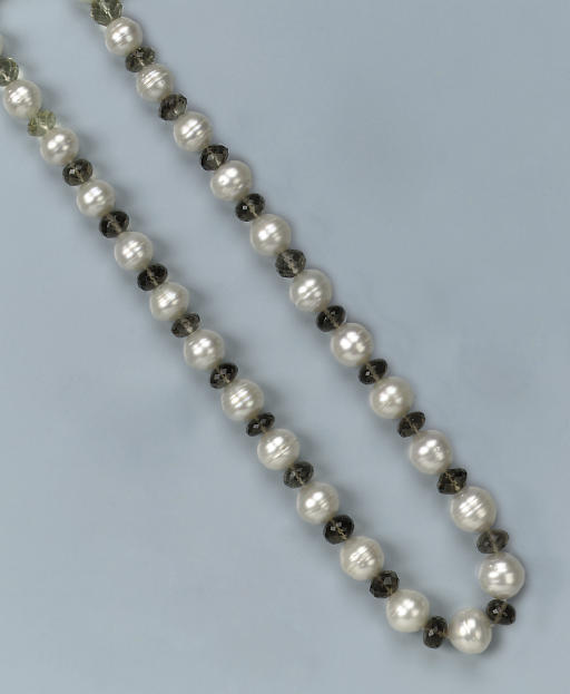 A SOUTH SEA CULTURED PEARL AND QUARTZ BEAD NECKLACE