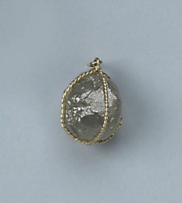 A ROUGH DIAMOND PENDANT