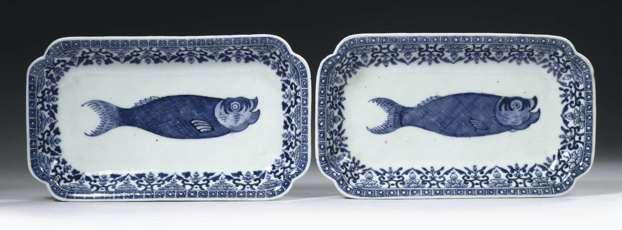 A pair of blue and white 'herr