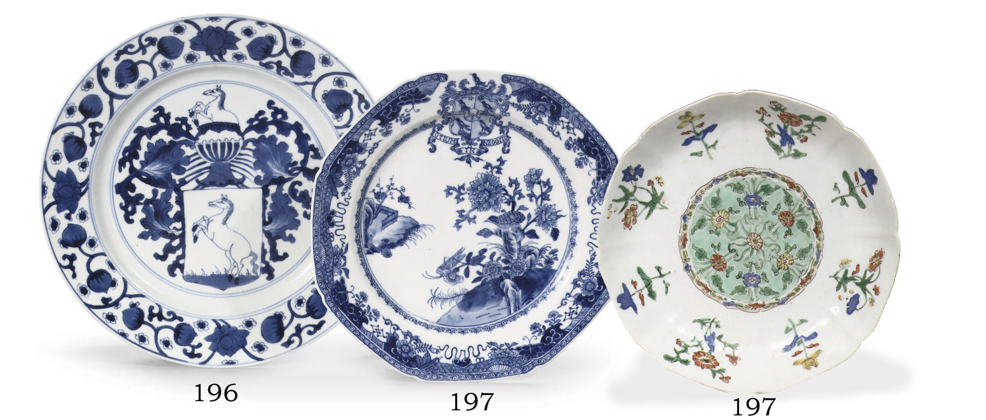 A blue and white armorial plat