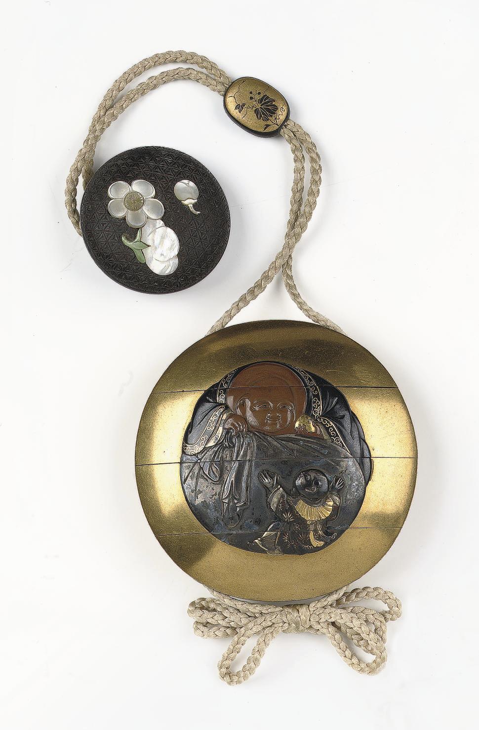 A circular three-case inro