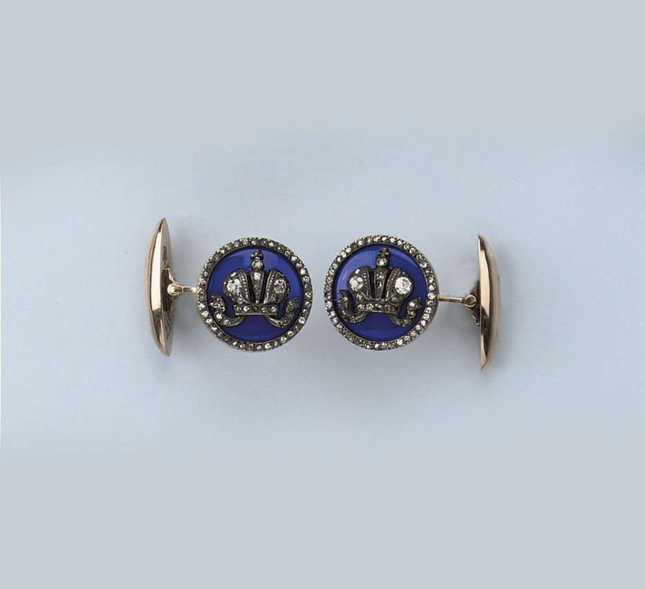 A PAIR OF BLUE ENAMEL AND DIAM