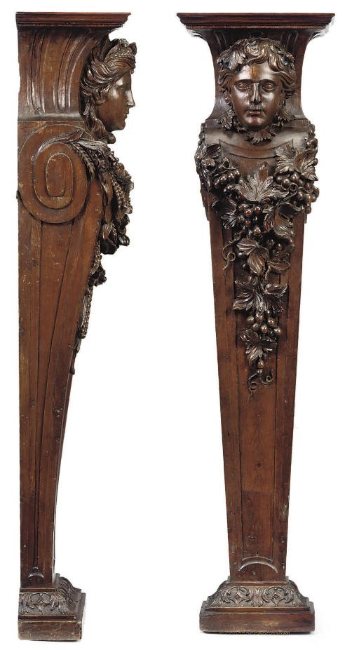 A PAIR OF GEORGE II CARVED PIN