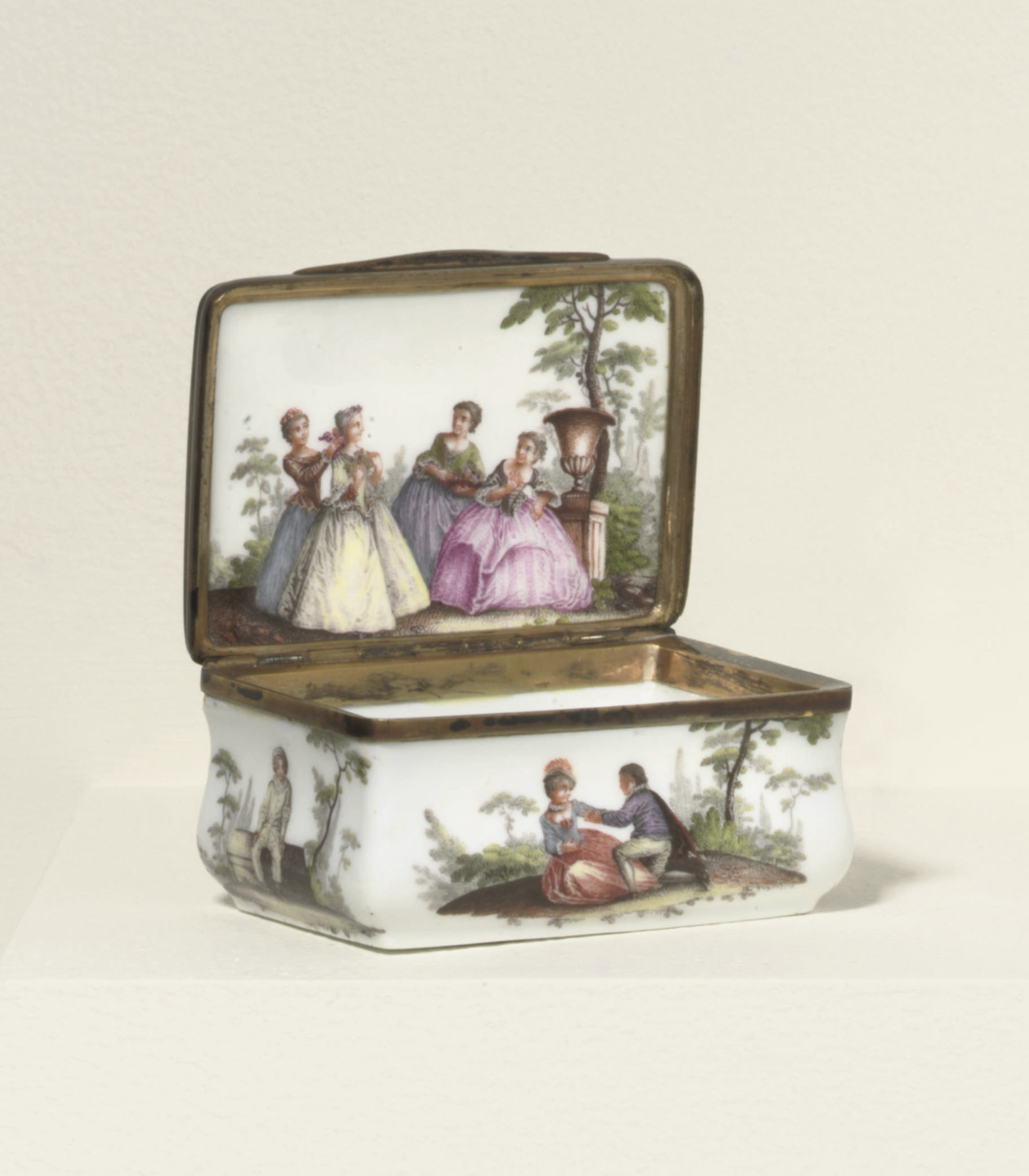 A MEISSEN GILT-METAL MOUNTED R