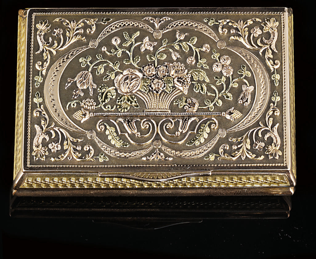 AN AUSTRIAN FOUR-COLOUR GOLD SNUFF-BOX