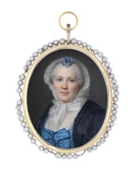 A lady, in black and blue Louis XV robe à la française, white lace cap with blue ribbon bow, powdered hair