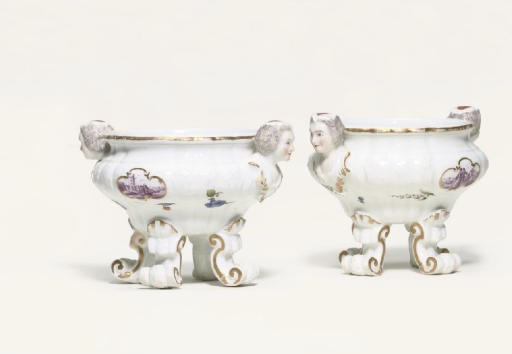 A PAIR OF MEISSEN SALTS