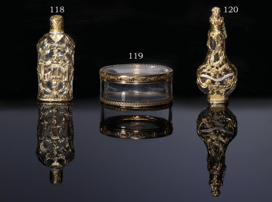 A GEORGE II GLASS SCENT-BOTTLE
