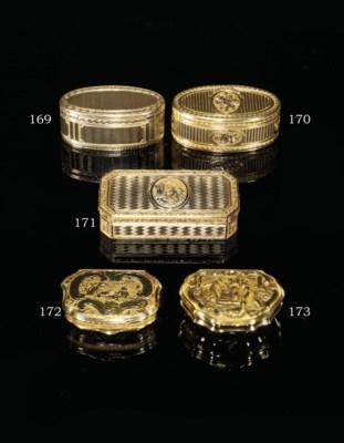 A RARE DUTCH GOLD SNUFF-BOX