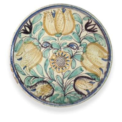A LONDON DELFT TULIP CHARGER