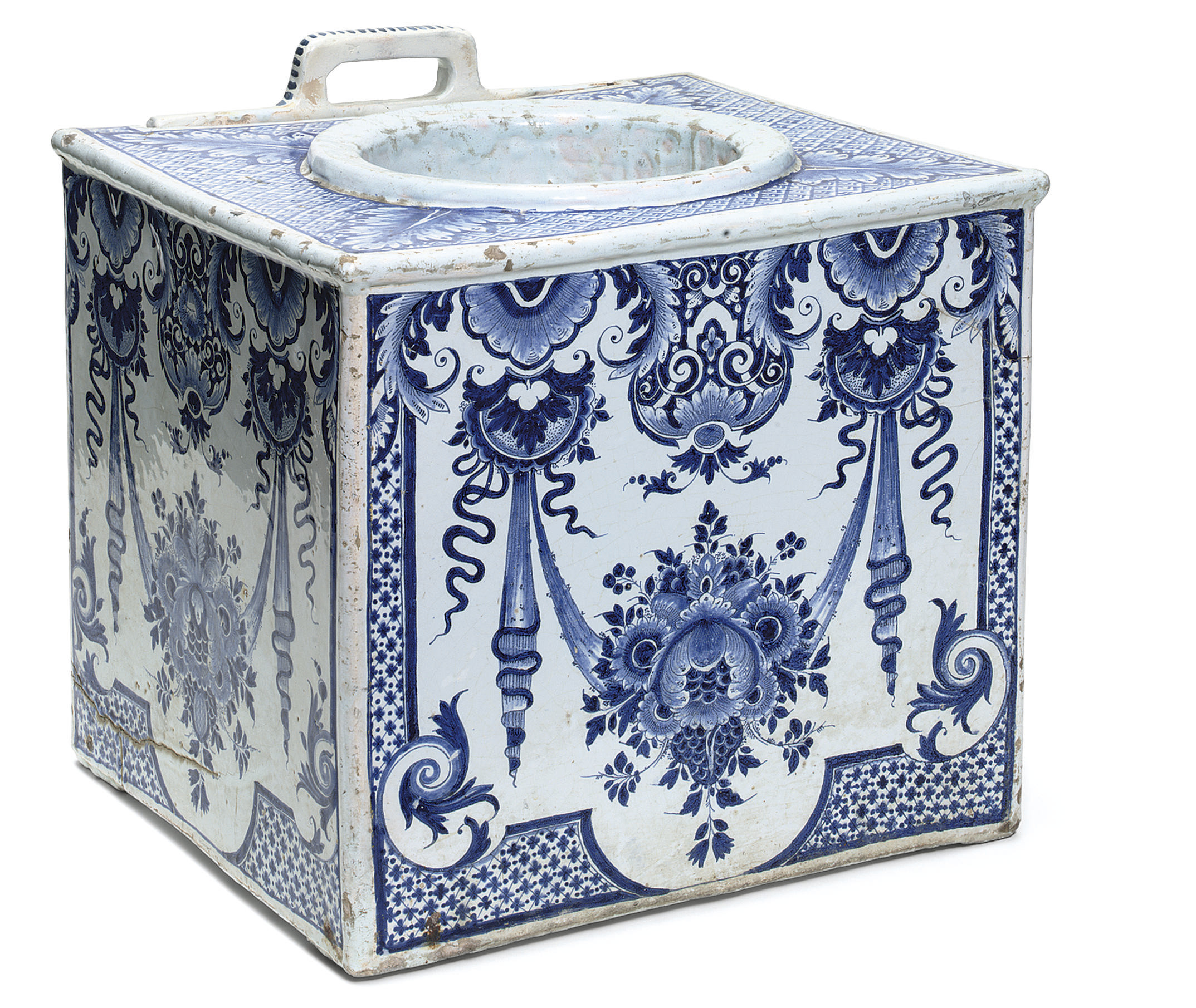A LOUIS XIV FAIENCE BLUE AND W