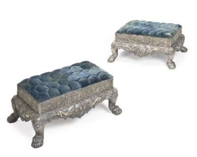 A PAIR OF ANGLO-INDIAN SILVER-