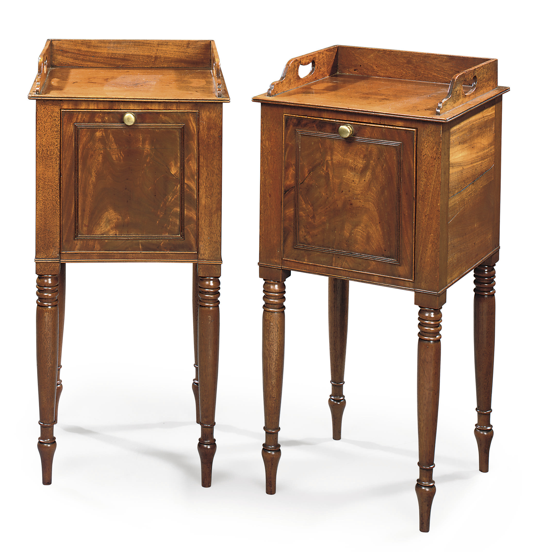 A PAIR OF REGENCY MAHOGANY BEDSIDE CUPBOARDS