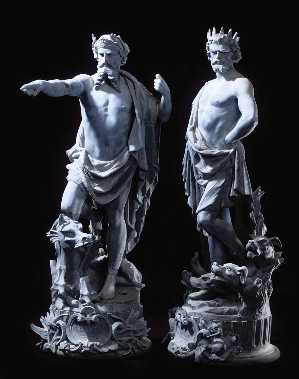 A PAIR OF SPELTER FIGURES OF S