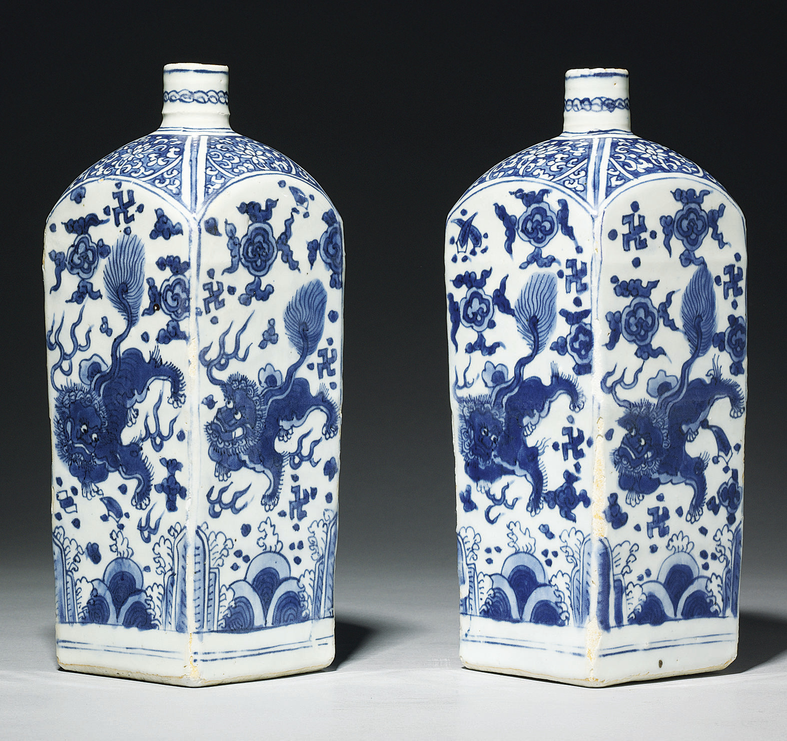 A PAIR OF UNUSUAL LATE MING BL