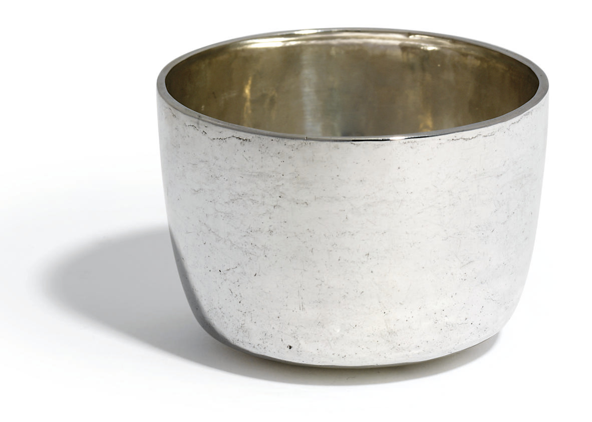 A WILLIAM AND MARY SILVER TUMB
