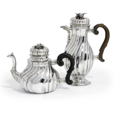 A GERMAN SILVER TEAPOT AND COF