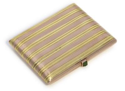 A two-colour gold cigarette-ca