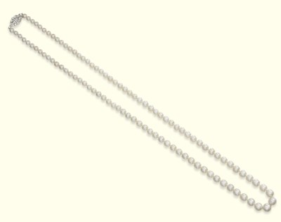 AN ART DECO NATURAL PEARL NECK