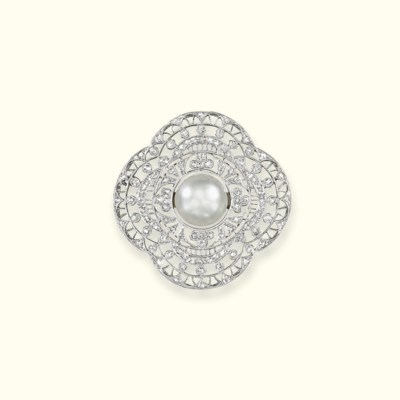 A NATURAL PEARL AND DIAMOND BR