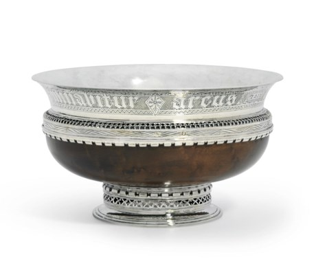 A GEORGE V SILVER-MOUNTED WOOD
