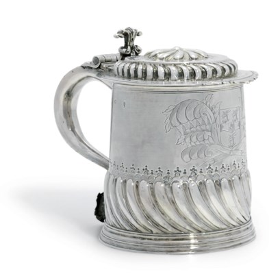 A WILLIAM AND MARY SILVER TANK