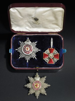 A star and badge of the Order