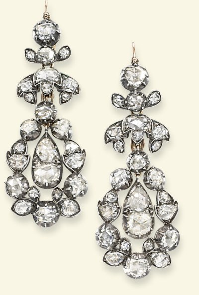 A PAIR OF GEORGE III DIAMOND E