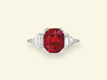 AN ART DECO SPINEL AND DIAMOND