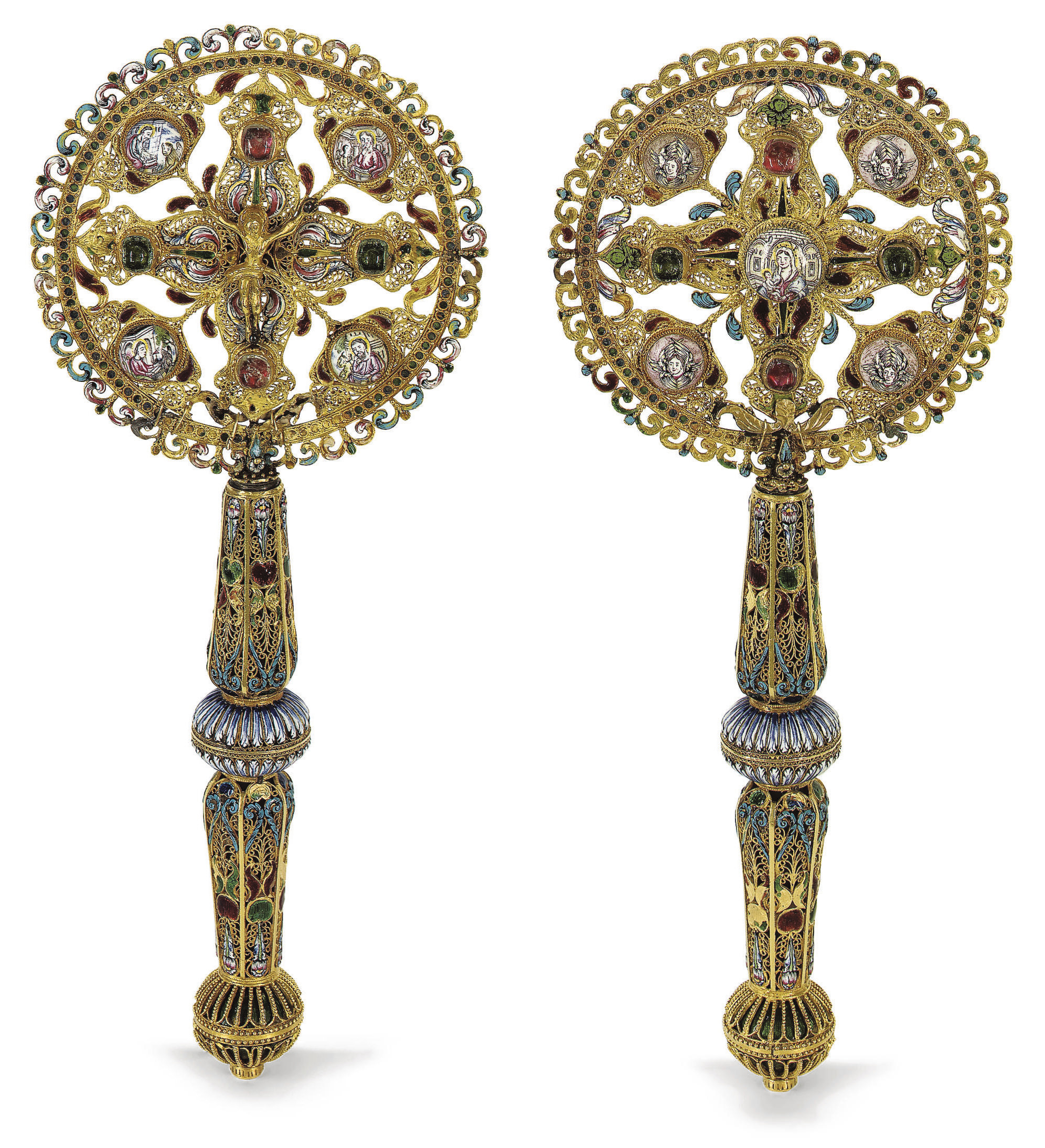 A GOLD AND ENAMEL BENEDICTION