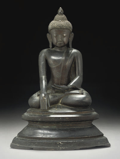 A LARGE BRONZE SEATED BUDDHA,