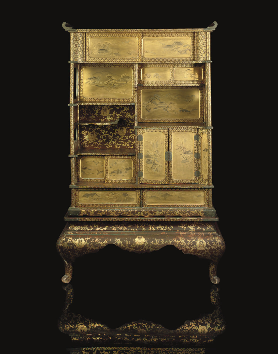 A Lacquer Kazaridana cabinet,