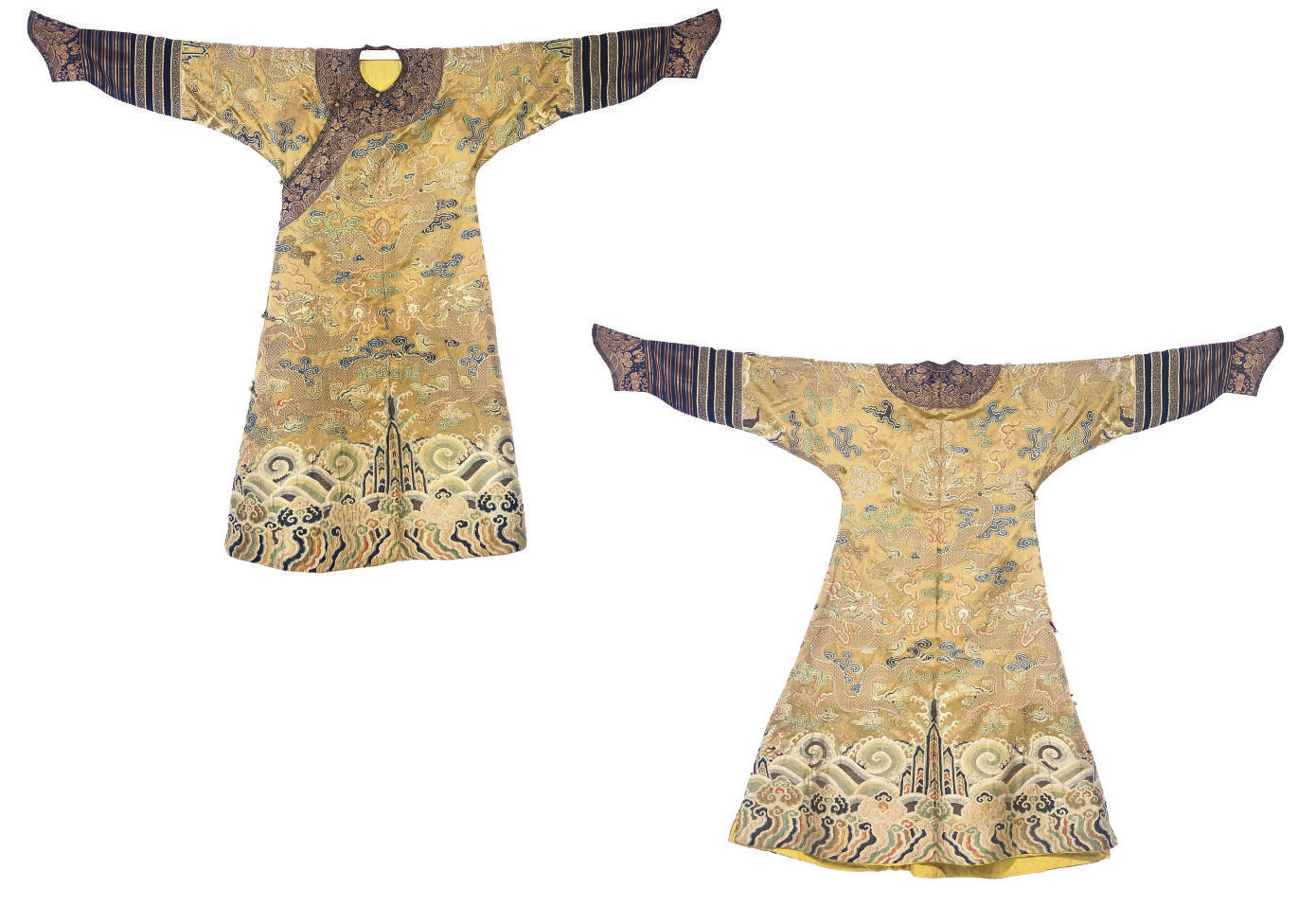 A CHI'FU OR FORMAL COURT ROBE