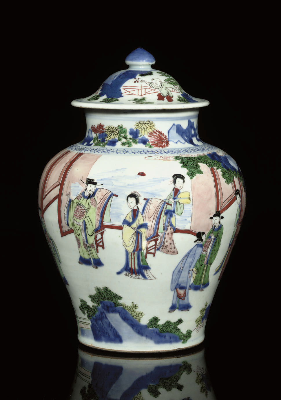 A WUCAI JAR AND COVER, TRANSIT