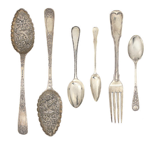 A MIXED GROUP OF SILVER FLATWARE,