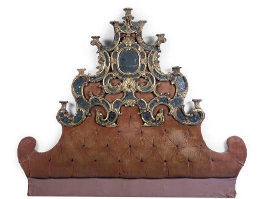 AN ITALIAN GILTWOOD BED HEAD