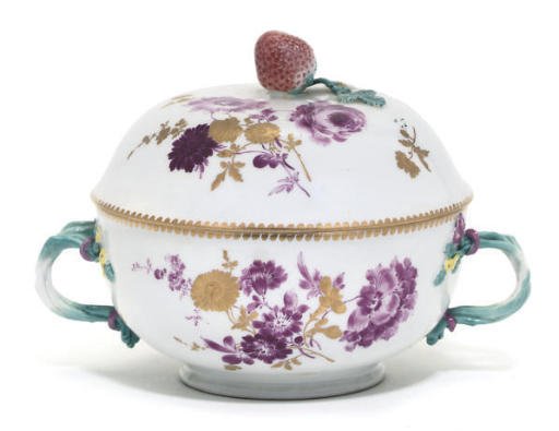 A MEISSEN TWO-HANDLED ECUELLE