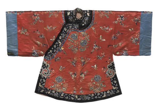 A RED MANCHU STYLE INFORMAL RO