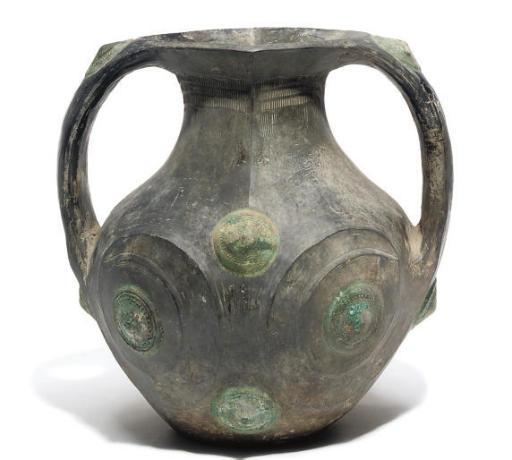 A Chinese black pottery jar