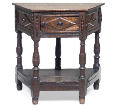 AN OAK CREDENCE TABLE
