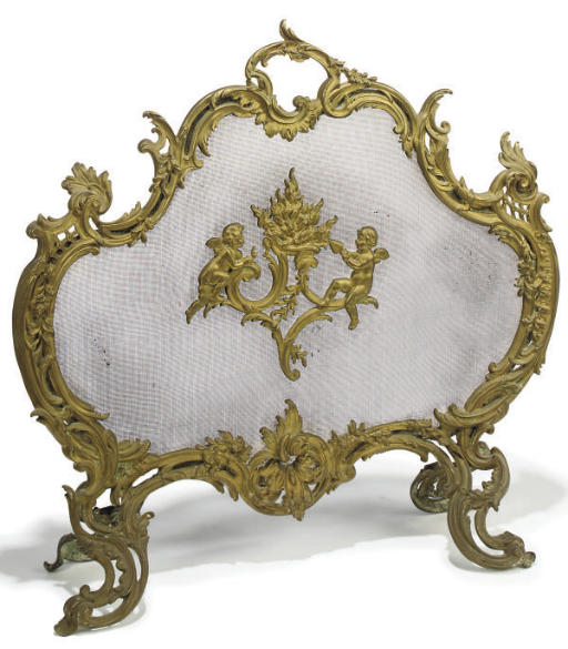 A FRENCH GILT-BRONZE MOUNTED WIRE-MESH FIRE-SCREEN