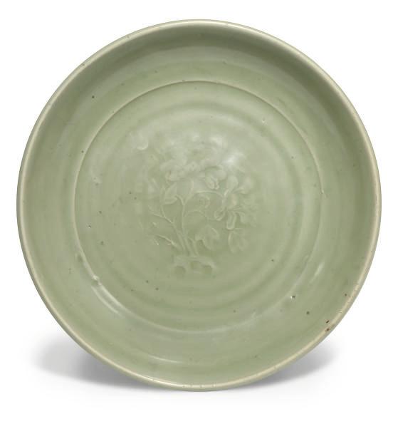 A Chinese celadon 'Longquan' d