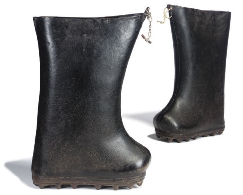A PAIR OF LEATHER GALOSHES