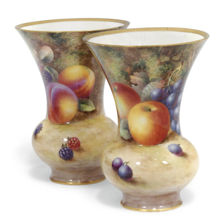 A PAIR OF ROYAL WORCESTER FLAR