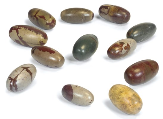 A GROUP OF TWELVE SHIVA LINGUM